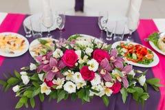 Tabla de la decoración de la boda Imagen de archivo