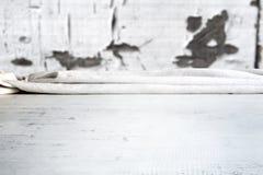 Tabla de madera con el fondo fotografía de archivo
