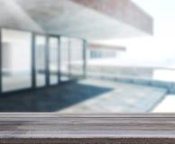 Tabla de madera de edificio al aire libre del fondo fotografía de archivo libre de regalías