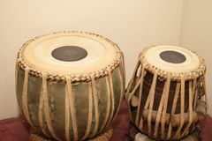Tabla den musikaliska valsen från Indien arkivbilder