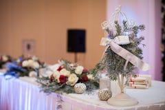 Tabla elegante, de lujo del abastecimiento de la recepción nupcial, la Navidad ellos Foto de archivo libre de regalías