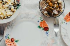 Tabla festiva sabrosa Fotos de archivo libres de regalías