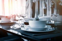 Tabla fijada en la tabla dinning Imagen de archivo