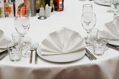 Table appointments for dinner in restaurant Royalty Free Stock Photos