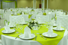Table arranged for dinner Royalty Free Stock Images
