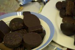 Table carrée romane de cacao de bonbons au chocolat à chocolat, Photos stock