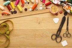 Table créative de couturier, vue supérieure Photo libre de droits