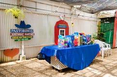 Table de cadeau de thème de grange Photos stock