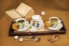 Table de café et de coffe-lait photo libre de droits
