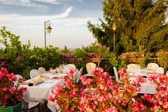Table de dîner dans le restaurant italien Images stock