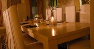 Table de dîner de la meilleure qualité de luxe d'anniversaire images stock