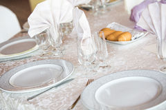 Table de dîner ronde de mariage élégant Photographie stock