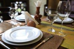 Table de dîner servie photographie stock