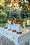 Table de dessert pour une noce Images stock