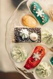Table de dessert pour une partie Gâteau d'Ombre, petits gâteaux Friandise Photographie stock libre de droits