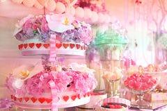 Table de fête douce le jour de naissance Image stock