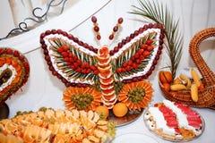 Table de fruit de conception en vacances Photo stock