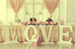 Table de mariage avec des ornements Photographie stock