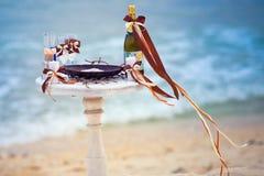 Table de mariage sur la plage Photo stock