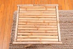 Table de pliage en bambou naturelle photographie stock