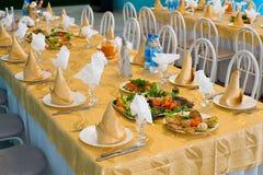 Table de restaurant de banquet Images stock