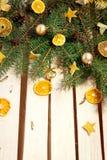 Table en bois décorée pendant la nouvelle année Photo stock