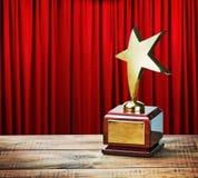 Table en bois de récompense d'étoile Photographie stock