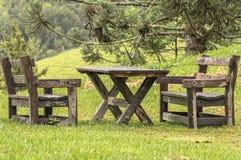 Table et présidences en bois Photo stock