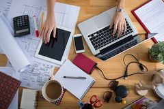 Table of female architect Royalty Free Stock Images