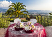 The Table is ready to receive guests Royalty Free Stock Photos