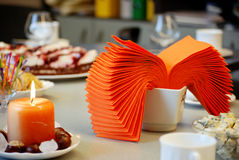 Table romantique de restaurant Photos libres de droits