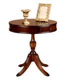 Table ronde en bois antique Photo stock