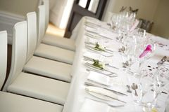 Table is set for the bride and groom Royalty Free Stock Photography