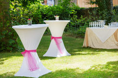 Table set for outdoor summer wedding or event Royalty Free Stock Photography