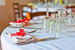 Table set with red bow with white spots Royalty Free Stock Photos