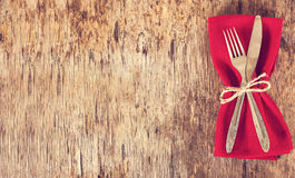 Table set with red napkin. Royalty Free Stock Photos