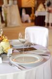 Table set for a wedding dinner Royalty Free Stock Photography
