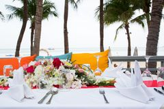 Table setting at beach restaurant. Royalty Free Stock Photography