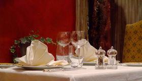 Table setting in a french restaurant Royalty Free Stock Photography