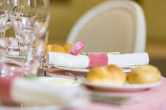 Table setting in a restaurant Royalty Free Stock Photography