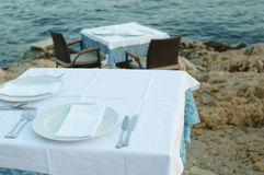 Table setting by the sea Royalty Free Stock Photos