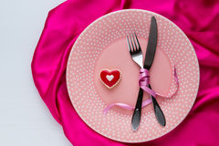 Table setting for Valentines Day. Royalty Free Stock Images