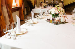 Table setting for wedding dinner Royalty Free Stock Photography