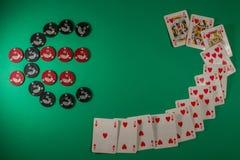 Table verte pour le jeu avec l'euro simbol Image libre de droits