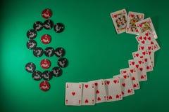 Table verte pour le jeu avec le simbol du dollar Photo stock