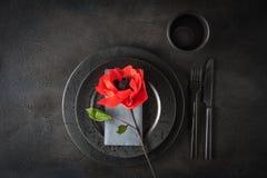Tableau avec la fleur de papier Photo stock