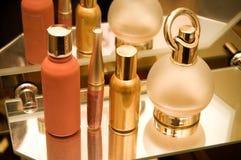 Tableau avec la parfumerie photographie stock libre de droits