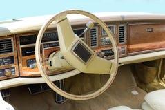 Tableau de bord de voiture d'Oldtimer Image stock