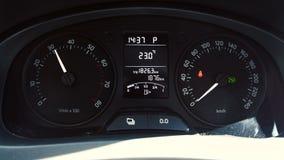Tableau de bord de voiture, T/MN, accélération à grande vitesse clips vidéos