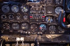 Tableau de bord des vieux avions soviétiques AN-24 de turbopropulseur Les avions hors de la production en 1979 Photo libre de droits